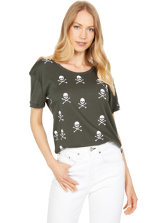 """""""Scattered Skulls"""" Cloud Jersey Short Sleeve Everybody Tee Chaser"""