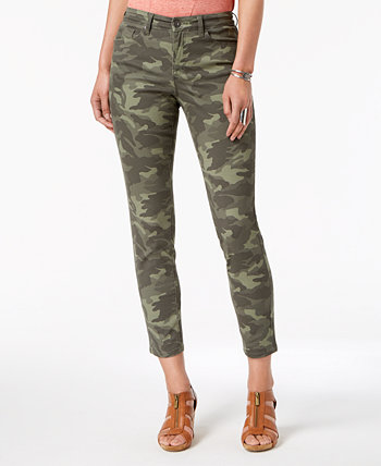 Plus Size Curvy-Fit Camo-Print Skinny Jeans, Created for Macy's Style & Co
