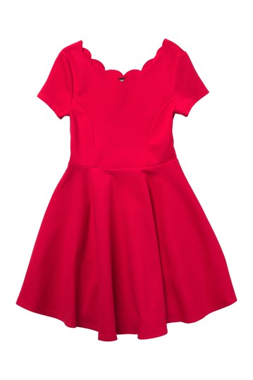 Short Sleeve Scalloped Skater Dress (Big Girls) Zunie