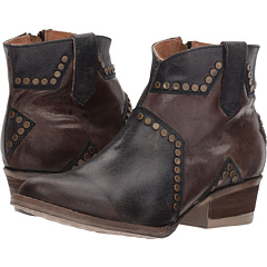 Q5025 Corral Boots